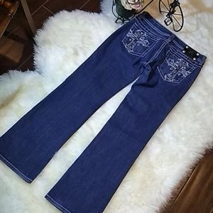 Miss Me 😍 Jeans Size 31/31 Boot Cut Mid